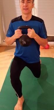 Fitness-Adventskalender 2014, 11. Türchen -Der Ausfallschritt rückwärts-