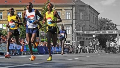 Lauf-Adventskalender 2015, 10. Türchen -Armeinsatz-