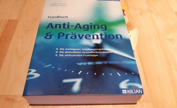 Bücher-Adventskalender 2017, 22. Türchen, Handbuch Anti-Aging & Prävention
