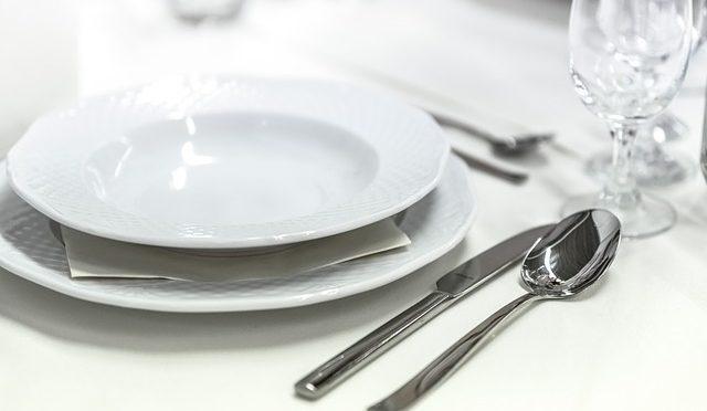 Heilfasten, Keto-Fasten, intermittierendes Fasten – drei Varianten der Nahrungskarenz